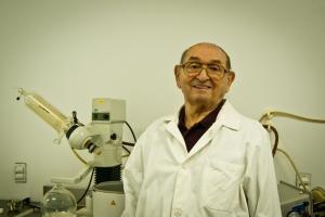 Dr. Zenon Sosnowski